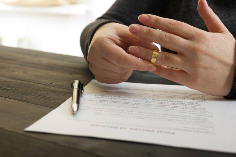 Tips for Keeping Divorce Costs Low